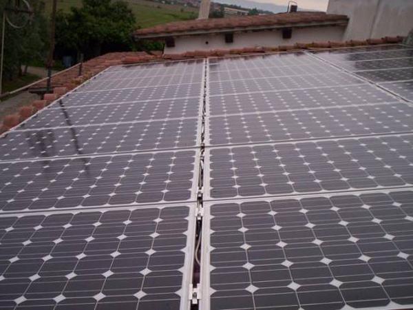Realizzazione Pannelli Fotovoltaici su abitazioni private
